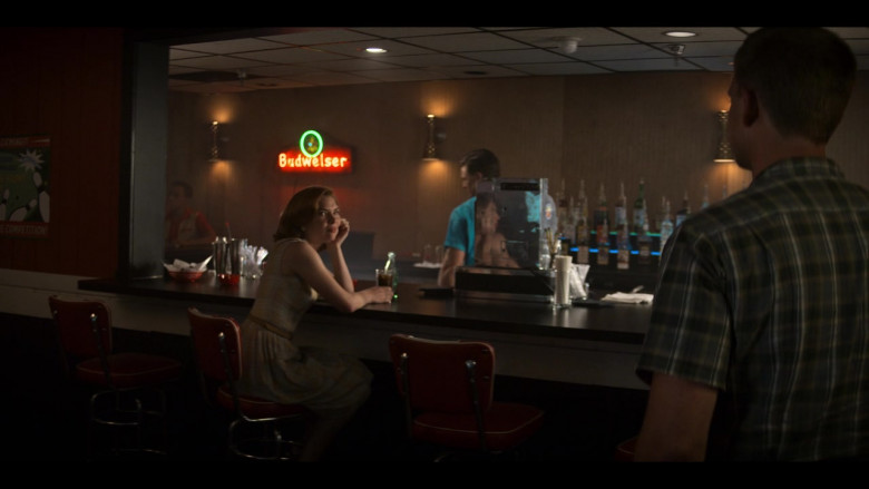 Budweiser Sign in The Right Stuff S01E03 (1)