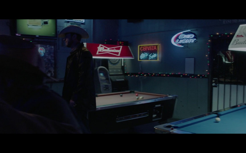 Budweiser and Bud Light in The Devil Has a Name (2019)