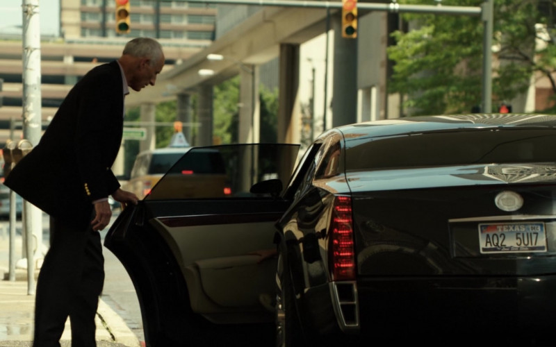 Cadillac Sixteen Car of James Rebhorn as Marvin in Real Steel (2)