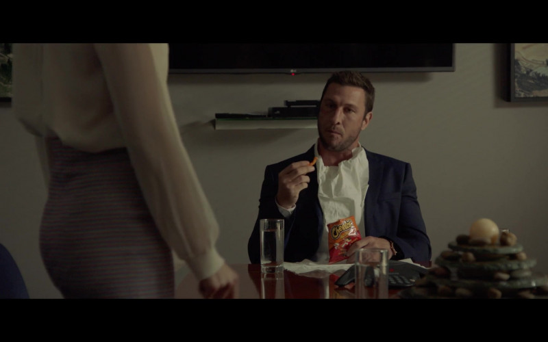 Cheetos Snacks of Pablo Schreiber as Ezekiel in The Devil Has a Name (2019)