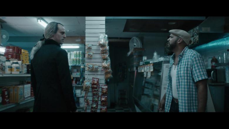 Cheez-It Crackers in Vampires vs. the Bronx (2)