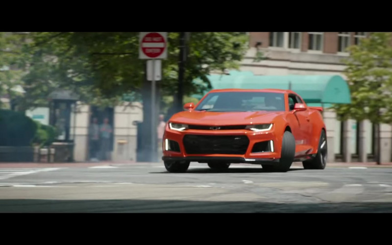 Chevrolet Camaro Orange Sports Car in Free Guy Movie (1)