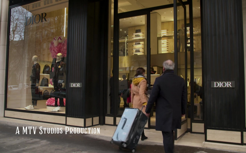 Christian Dior Store in Emily in Paris S01E10