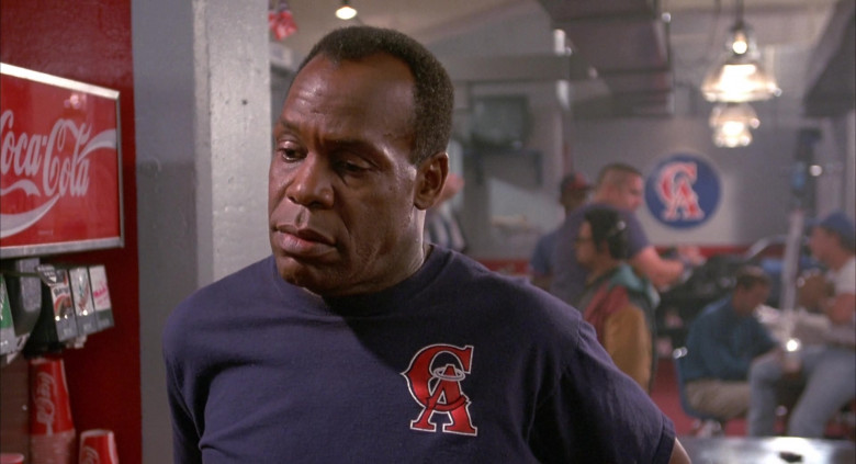 Coca-Cola Drinks in Angels in the Outfield (5)