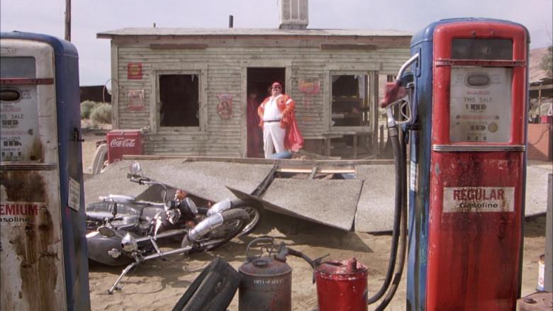 Coca-Cola Retro Refrigerator in The Cannonball Run (1981)