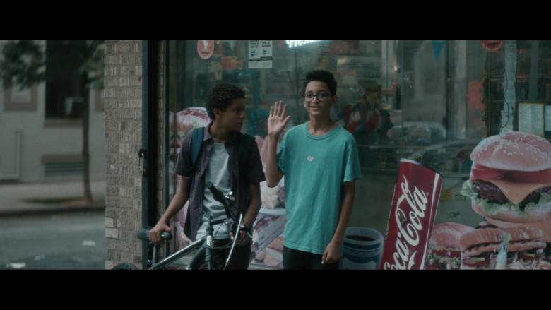 Coca-Cola in Vampires vs. the Bronx (2)