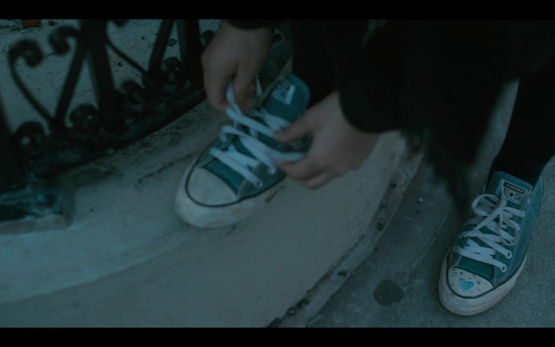 Converse All Star Sneakers of Odessa A'zion as Joey Del Marco in Grand Army S01E09 (1)