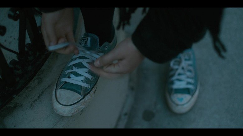 Converse All Star Sneakers of Odessa A'zion as Joey Del Marco in Grand Army S01E09 (2)