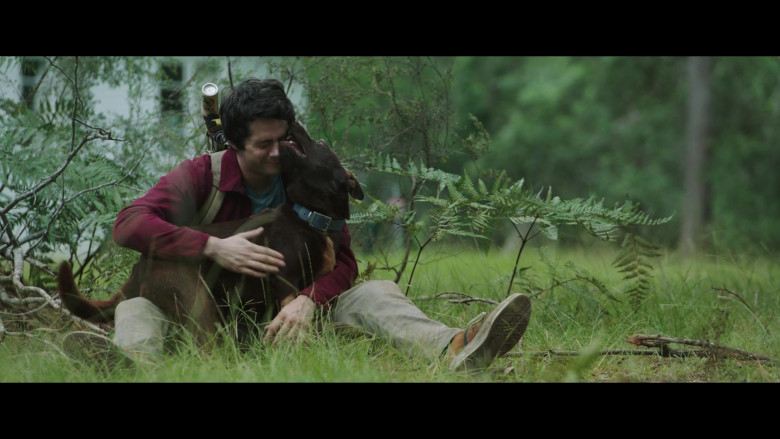 Converse Shoes of Dylan O'Brien as Joel Dawson in Love and Monsters (1)