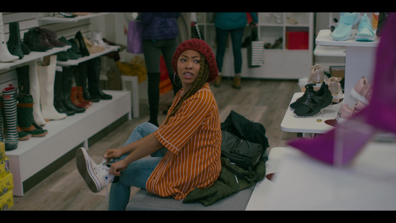 Converse Shoes of Odley Jean as Dominique Pierre in Grand Army S01E03 TV Show