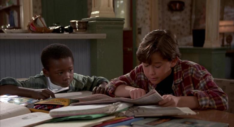 Crayola Crayons of Joseph Gordon-Levitt as Roger Bomman & Milton Davis Jr. as J.P. in Angels in the Outfield (1994)