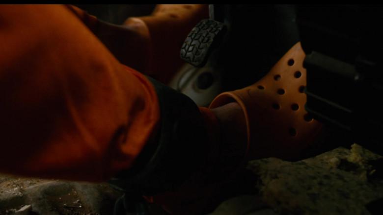 Crocs Orange Shoes of Luke Wilson as Joe Bauers in Idiocracy (2006)