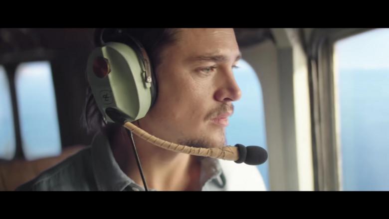 David Clark Headset of Alexander Dreymon as Jackson in Horizon Line (2020)