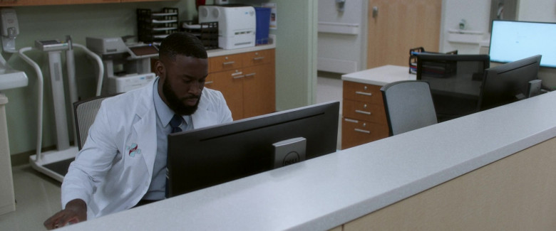 Dell Monitor Used by Tosin Morohunfola as Gary in Black Box (2020)