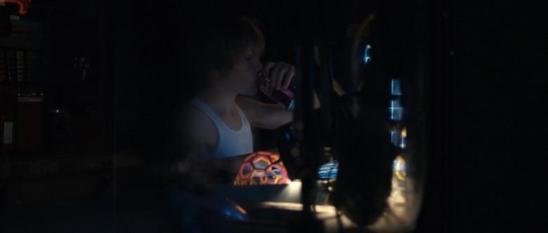 Dr Pepper Soda Enjoyed by Dakota Goyo as Max Kenton in Real Steel (1)