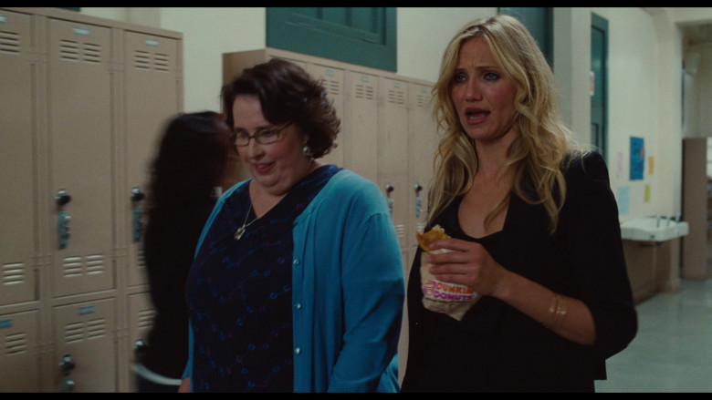 Dunkin' Donuts Food Enjoyed by Cameron Diaz as Elizabeth Halsey in Bad Teacher Movie (1)