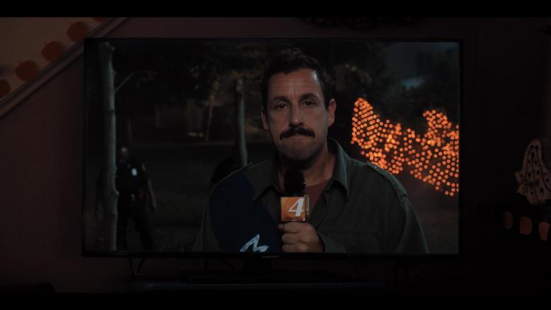 Element TV in Hubie Halloween (7)