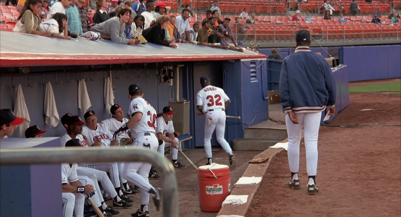 Gatorade Drinks in Angels in the Outfield (2)
