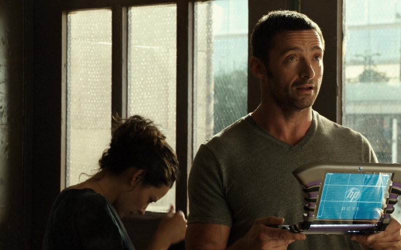 HP Futuristic Tablet PC of Hugh Jackman as Charlie Kenton in Real Steel (1)