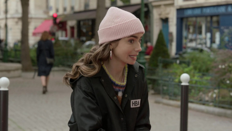 Hood By Air Logo-Print Cropped Jacket Street Style Outfit of Lily Collins in Emily in Paris S01E08 TV Series (1)