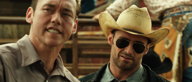 Hugh Jackman as Charlie Kenton Wears Ray-Ban Aviator Sunglasses in Real Steel Movie (1)