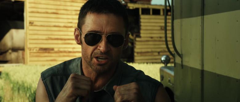 Hugh Jackman as Charlie Kenton Wears Ray-Ban Aviator Sunglasses in Real Steel Movie (3)