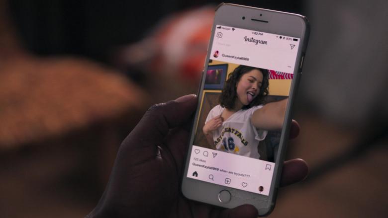 Instagram Social Network in American Pie Presents Girls' Rules (2020)