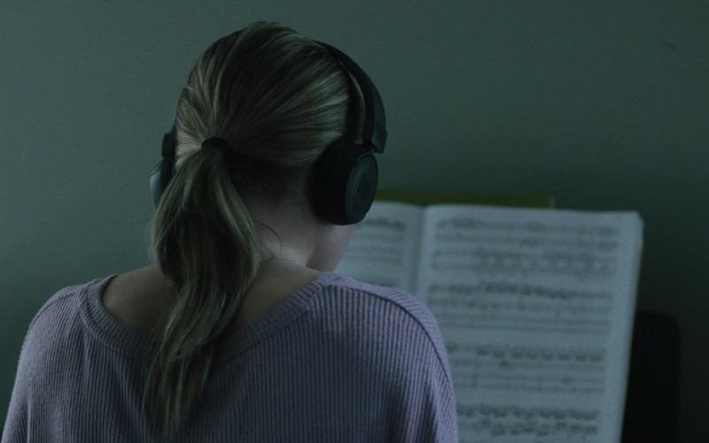 JBL Headphones of Sydney Sweeney as Juliet in Nocturne (2020)