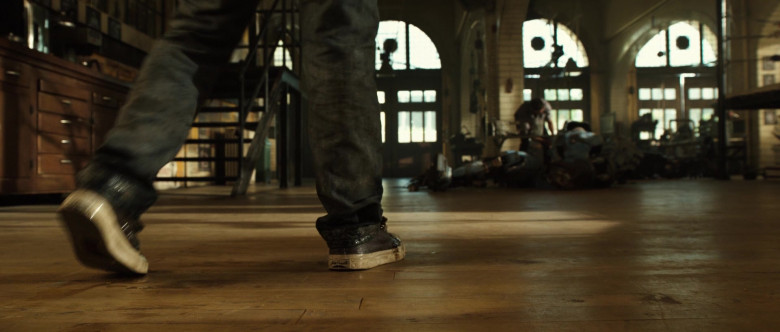 Jack Purcell Shoes of Dakota Goyo as Max Kenton in Real Steel (1)