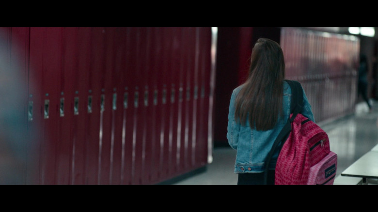 JanSport Backpack of Madison Iseman as Amy Adamle in Clouds (2020)