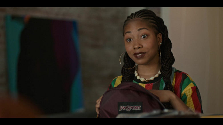 Jansport Backpack of Odley Jean as Dominique Pierre in Grand Army S01E06 (2)