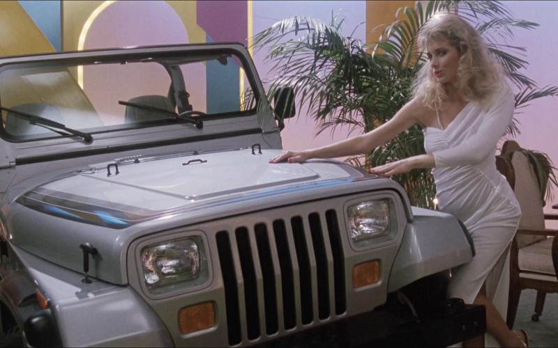 Jeep Wrangler Car in Elvira Mistress of the Dark (2)