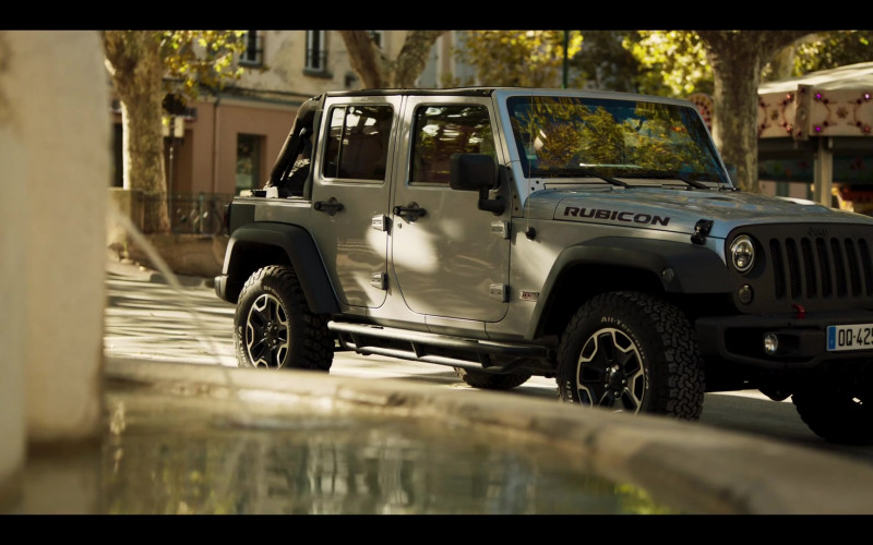 Jeep Wrangler Rubicon Car in Riviera S03E03 (1)