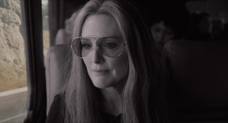 Julianne Moore as Gloria Steinem Wears Ray-Ban Shooter Aviator Design Glasses in The Glorias Movie (1)