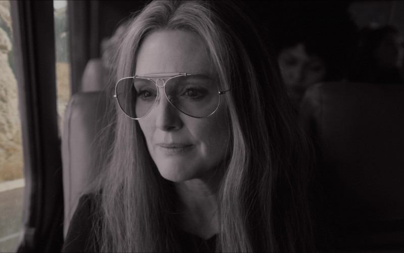 Julianne Moore as Gloria Steinem Wears Ray-Ban Shooter Aviator Design Glasses in The Glorias Movie (1)