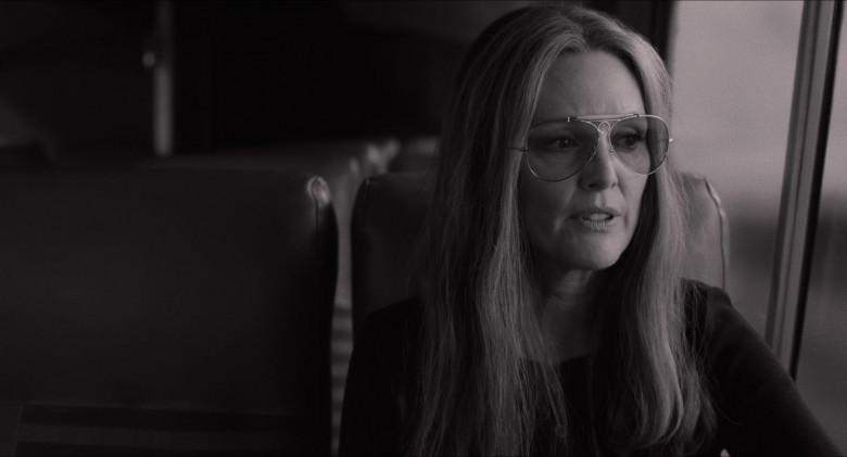 Julianne Moore as Gloria Steinem Wears Ray-Ban Shooter Aviator Design Glasses in The Glorias Movie (4)