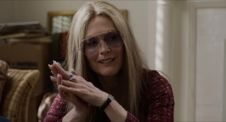 Julianne Moore as Gloria Steinem Wears Ray-Ban Shooter Aviator Design Glasses in The Glorias Movie (7)