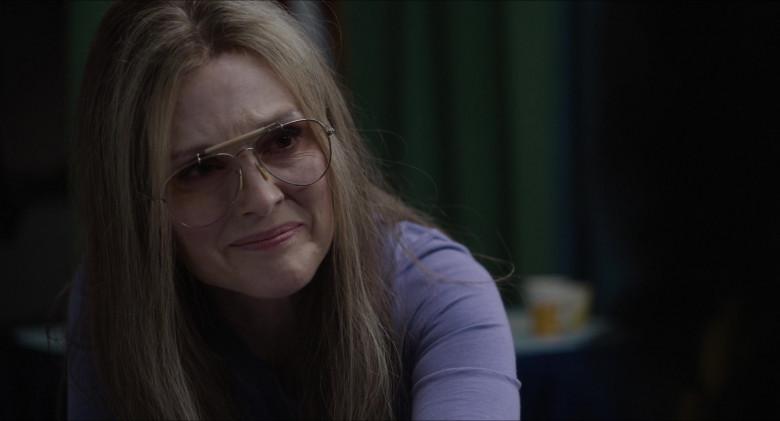 Julianne Moore as Gloria Steinem Wears Ray-Ban Shooter Aviator Design Glasses in The Glorias Movie (8)