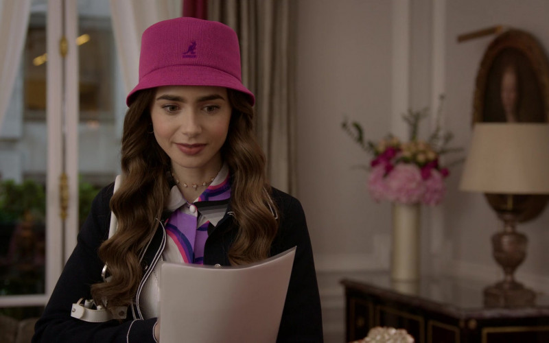 Kangol Pink Panama Bucket Hat of Lily Collins in Emily in Paris S01E07 Outfits (2)