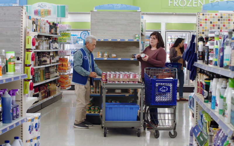 LaCroix Sparkling Water Packs in Superstore S06E01 Essential (2020)
