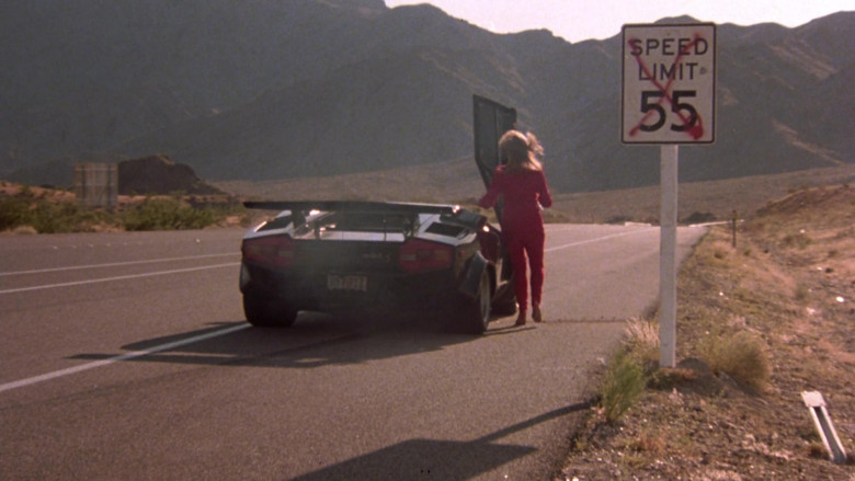 Lamborghini Countach LP 400 S Black Sports Car in The Cannonball Run (2)