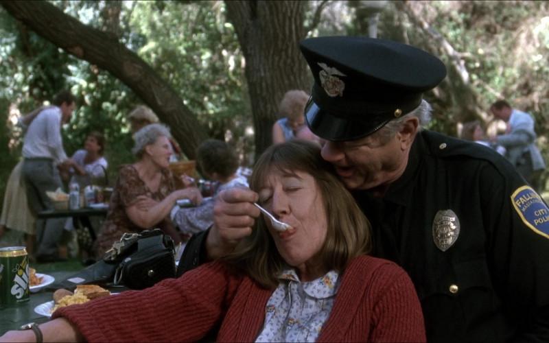 Lemon Lime Slice Soda Can in Elvira Mistress of the Dark (1988)