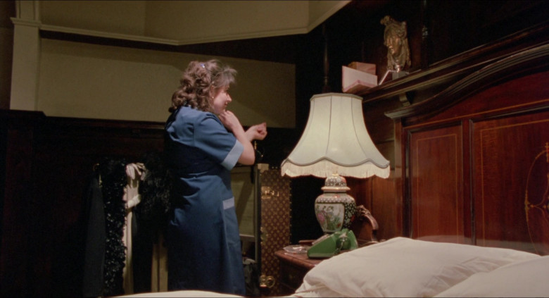 Louis Vuitton Luggage and Bags in The Witches 1990 Movie (5)
