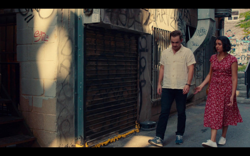 New Balance Blue Sneakers of Dacre Montgomery as Nick in The Broken Hearts Gallery Movie (1)