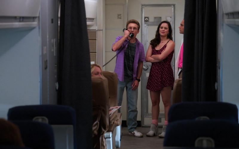 Nike Shoes of Sean Giambrone as Adam in The Goldbergs S08E01 Airplane! (1)