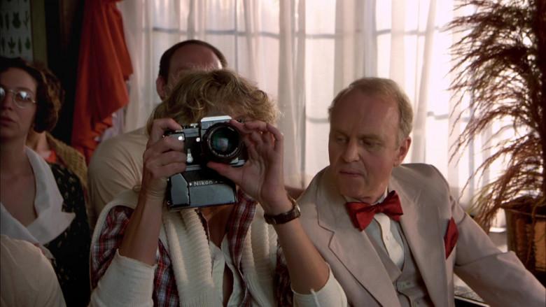 Nikon Camera of Farrah Fawcett as Beauty Pamela Glover in The Cannonball Run (2)