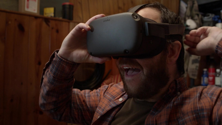 Oculus VR Headset of Ely Henry as Rufus in Connecting… S01E03 Day 78 (2020)