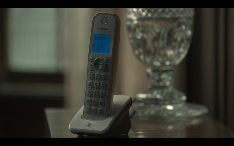 Panasonic Telephone in Monsterland S01E03 New Orleans, LA (2020)