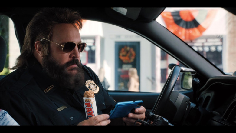 PayDay Candy Bar Enjoyed by Kevin James as Officer Steve Downing in Hubie Halloween Film (2)