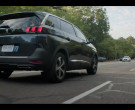 Peugeot 5008 Car in Soulmates S01E01 Watershed (2020)